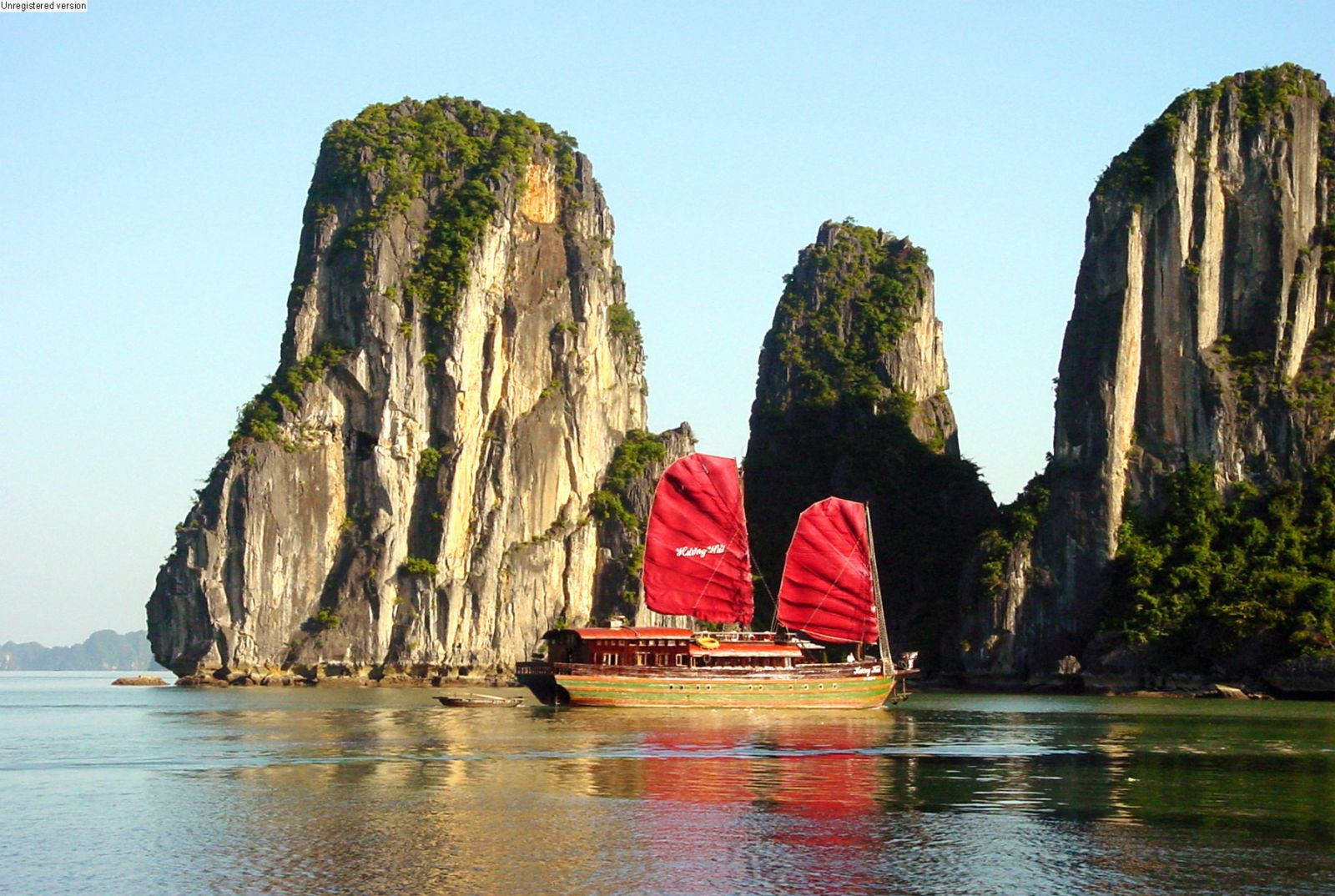SHORE EXCURSIONS : TOUR FROM CAI LAN PORT TO HA LONG BAY