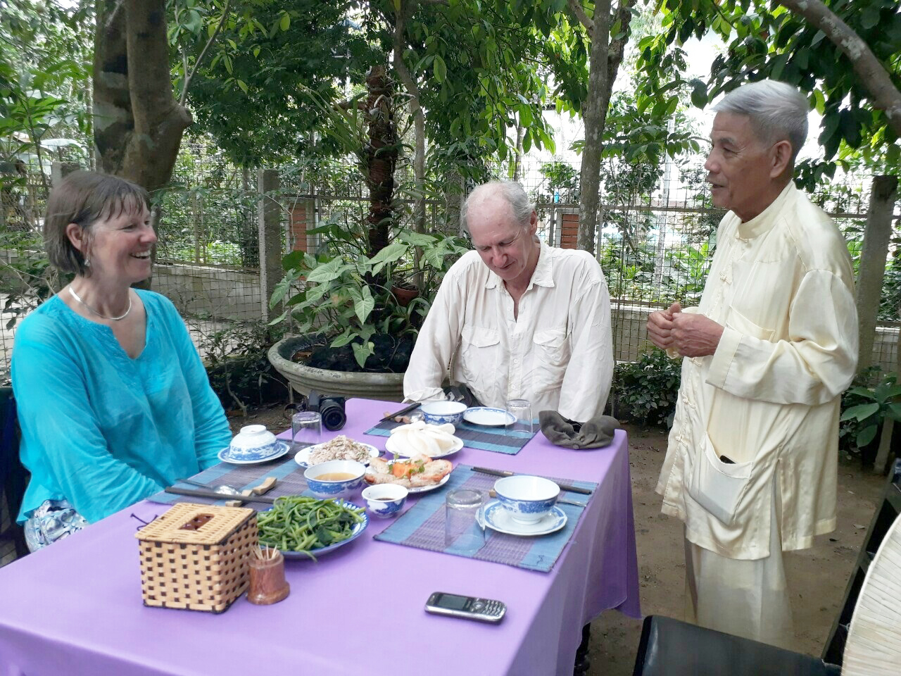 """""""Thuy Bieu in the morning – Tam Giang in the afternoon"""" tour"""